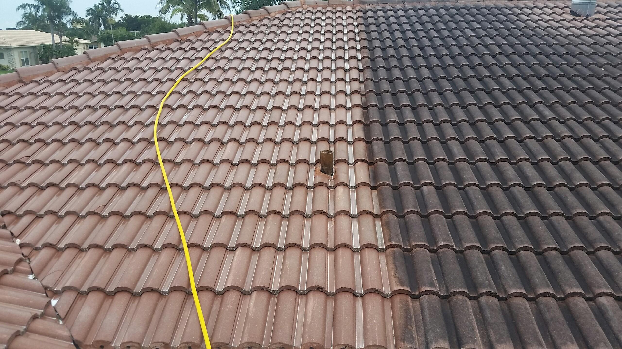 Safe roof cleaning pressure washing the woodlands commercial residential - Using water pressure roof cleaning ...
