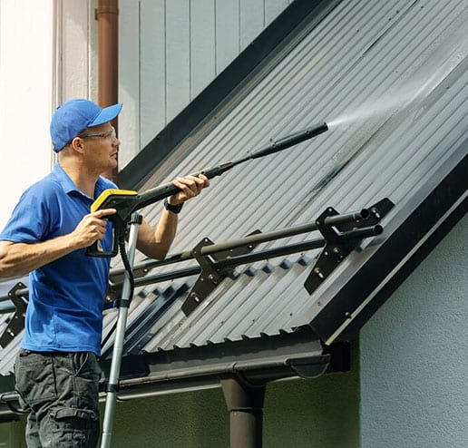 Roof-Cleaning-Services
